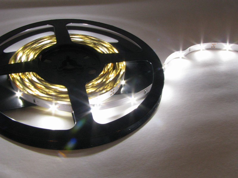 LED Strip Light - 5 Meter - Warm White