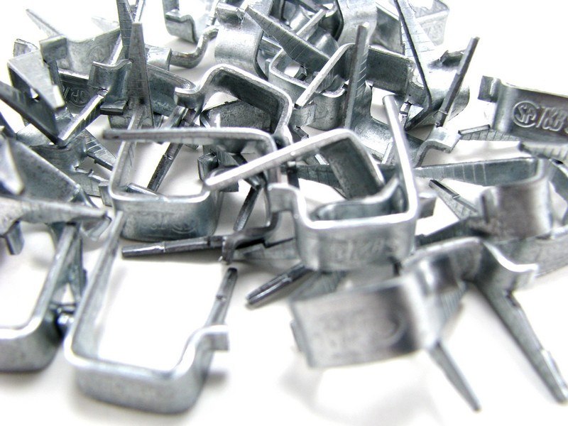 Large Wire Staples - 10 Pack