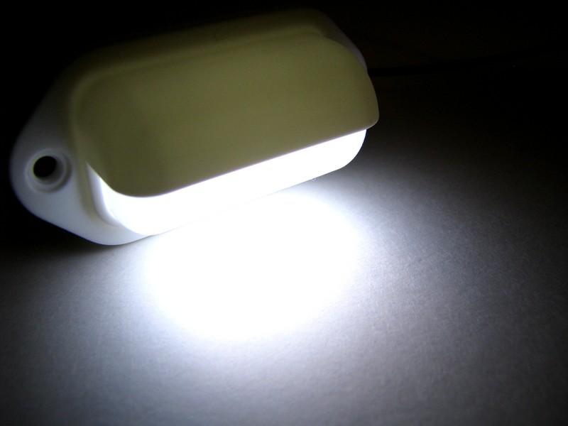 white surface mount led light cad reactive lighting automated led. Black Bedroom Furniture Sets. Home Design Ideas